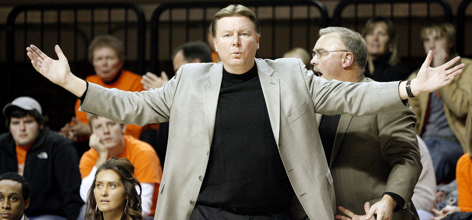 Photo - OSU coach Kurt Budke reacts during the women's college basketball game between Oklahoma State University and Oral Roberts University at Gallagher-Iba Arena in Stillwater, Okla., Tuesday, Dec. 16, 2008.  PHOTO BY BRYAN TERRY, THE OKLAHOMAN