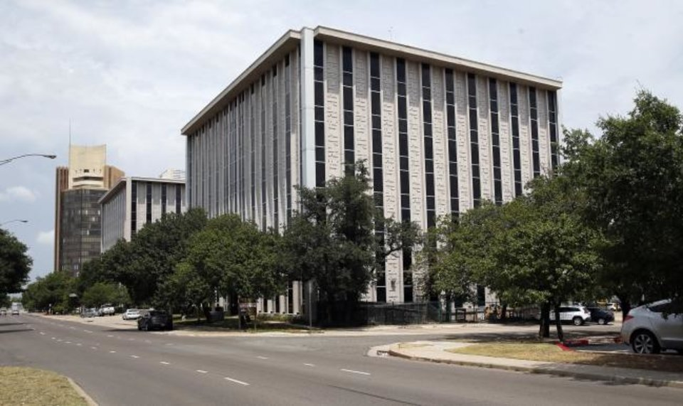 Photo -  The 10-story, 326,406-square-foot 2000 Classen Center, 2000 N Classen Blvd., built in 1965, was 44% vacant at midyear, making it the emptiest office building for lease in Midtown, according to Price Edwards & Co. [NATE BILLINGS/THE OKLAHOMAN]