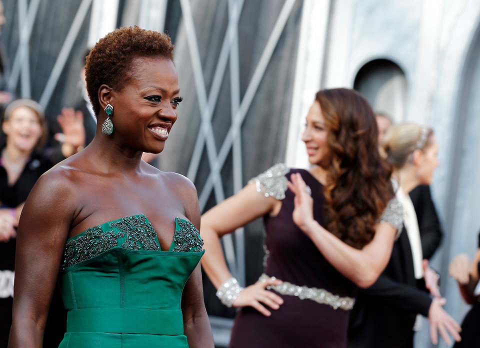 Viola Davis arrives before the 84th Academy Awards on Sunday, Feb. 26, 2012, in the Hollywood section of Los Angeles. (AP Photo/Matt Sayles) ORG XMIT: OSC150