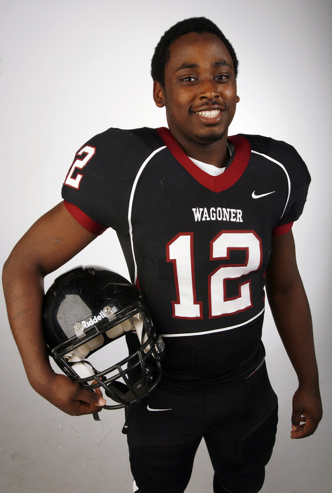 Durell Parker, Wagoner, poses for a photo in the OPUBCO studio for The Oklahoman's All-State Football Team, in Oklahoma City, Wednesday, Dec. 12, 2007. By Nate Billings, The Oklahoman
