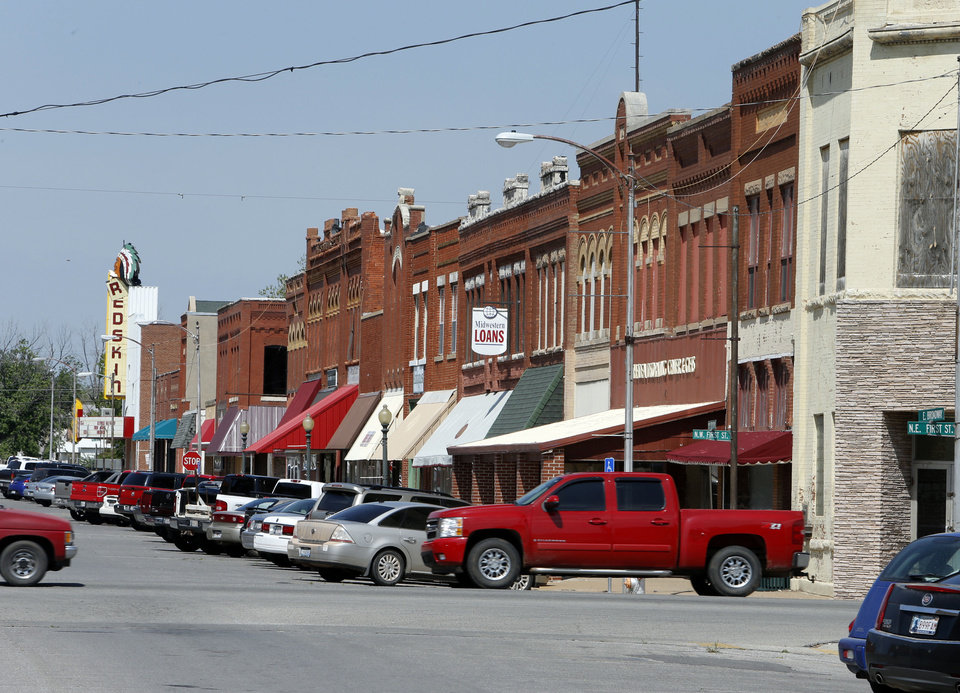 Photo - Anadarko has changed little in the aftermath of the unsolved killing of the Rev. Carol Daniels in 2009 as seen in thie view of downtown on Wednesday, May 8, 2013 in Anadarko, Okla.  Photo by Steve Sisney, The Oklahoman  STEVE SISNEY - THE OKLAHOMAN