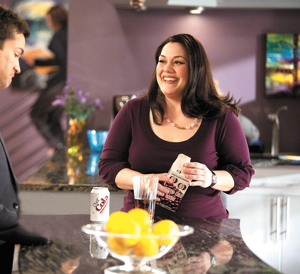 Photo - TV SERIES / TELEVISION: Actress Brooke Elliott in