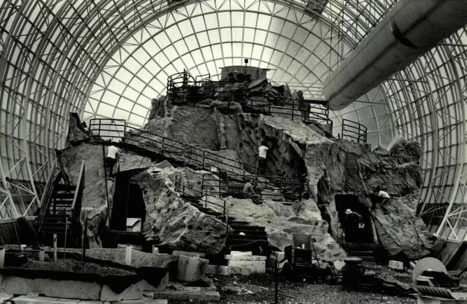 Photo - In May 1986, molded fiberglass and concrete panels had been installed in the north end of the Myriad Gardens botanical tube. [Oklahoman Archive Photo]