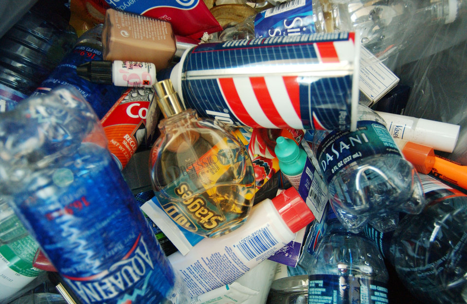 Photo -   FILE - In this Aug. 2006 file photo, a trash can sits loaded with various health and beauty aids and beverages from passengers forced to discard these items at the Buffalo-Niagara International Airport in Cheektowaga, N.Y. After a man was arrested at Los Angeles International Airport wearing a bulletproof vest, flame-resistant pants and had a suitcase full of weapons, the TSA has restated what air travelers are allowed to bring along. (AP Photo/The Buffalo News, Robert Kirkham) TV OUT; MAGS OUT; MANDATORY CREDIT; BATAVIA DAILY NEWS OUT; DUNKIRK OBSERVER OUT; JAMESTOWN POST-JOURNAL OUT; LOCKPORT UNION-SUN JOURNAL OUT; NIAGARA GAZETTE OUT; OLEAN TIMES-HERALD OUT; SALAMANCA PRESS OUT; TONAWANDA NEWS OUT (REV-SHARE)