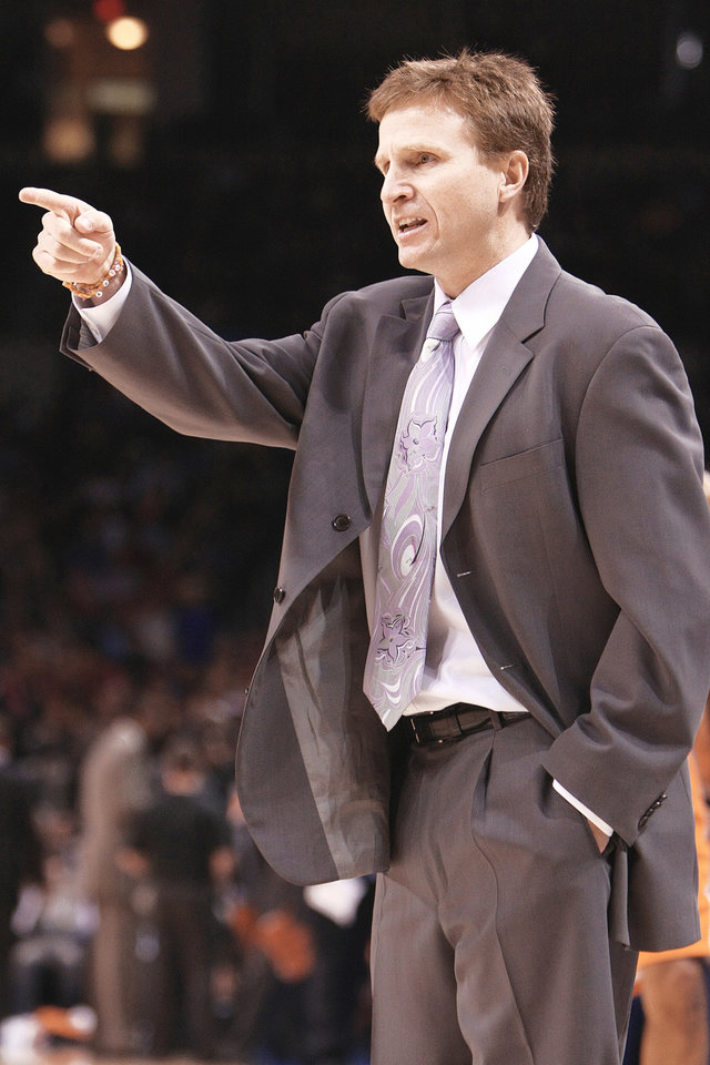 Photo - Thunder coach Scott Brooks was a finalist for the Sacramento Kings job two years ago. Brooks and the Thunder face the Kings at 6 p.m. tonight. Photo by hugh scott, the oklahoman