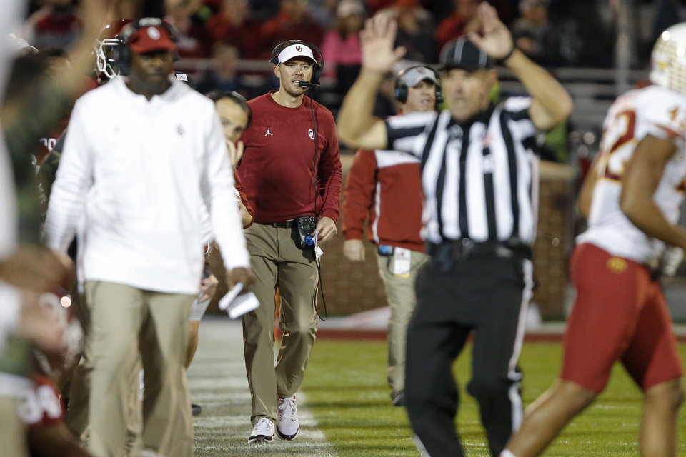 Photo - Oklahoma coach Lincoln Riley looks toward the official after a play during an NCAA football game between the University of Oklahoma Sooners (OU) and the Iowa State University Cyclones at Gaylord Family-Oklahoma Memorial Stadium in Norman, Okla., Saturday, Nov. 9, 2019. [Bryan Terry/The Oklahoman]