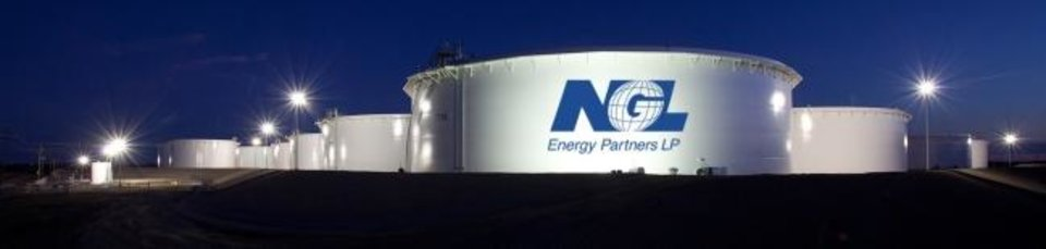 Photo -  NGL Energy Partners storage tanks are seen at Cushing. [THE OKLAHOMAN ARCHIVES]