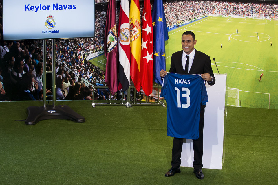 Photo - Costa Rica international soccer player Keylor Navas, poses during his official presentation at the Santiago Bernabeu stadium in Madrid, Spain, Tuesday, Aug. 5, 2014, after signing for Real Madrid. (AP Photo/Andres Kudacki)