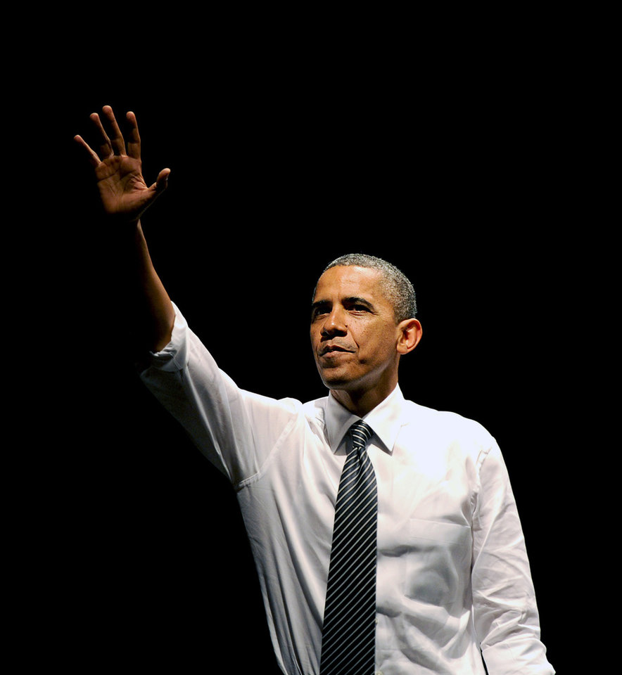 President Barack Obama waves to supporters after speaking at a campaign event on Monday, Oct. 8, 2012, in San Francisco. (AP Photo/Noah Berger)