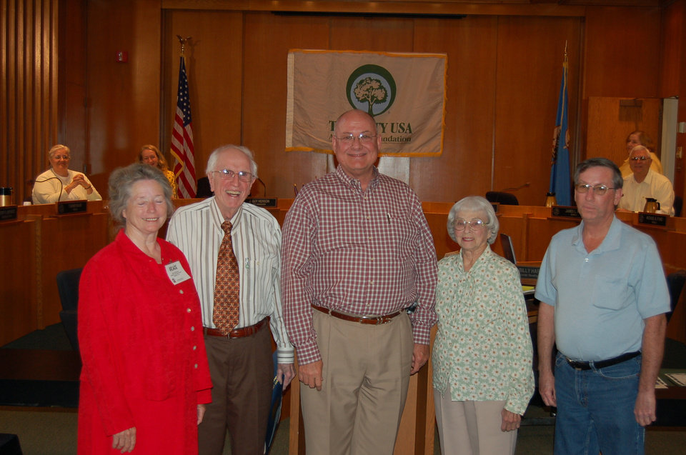 MWC Tree Board Members receive recognition from Mayor Russell Smith naming MWC a Tree City USA by The National Arbor Day Foundation.    Left to right: Grace Sullivan; Cecil Hewitt; Mayor Russell Smith; Hazel Craddock; Glen Goldschlager<br/><b>Community Photo By:</b> Kay Hunt<br/><b>Submitted By:</b> Kay, Midwest City