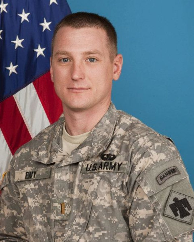 Photo - 2ND LT. JERED EWY / MILITARY / DEATH / OKLAHOMAN: 2nd Lt. Jered  W. Ewy, 33, of Edmond, was killed 07/29/2011 by an improvised explosive device while on patrol in Janak Kheyl in eastern Afghanistan        ORG XMIT: 1107312227261349