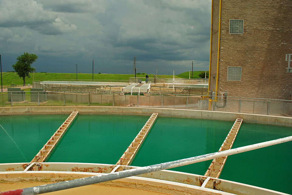 Photo - Garber-Wellington Aquifer. Lake Hefner water treatment plant.