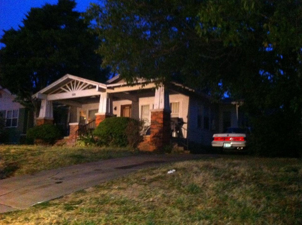Photo - The house at 5 NW 30 where a man was reportedly shot to death in Oklahoma City Wednesday morning - Photo by Robert Medley