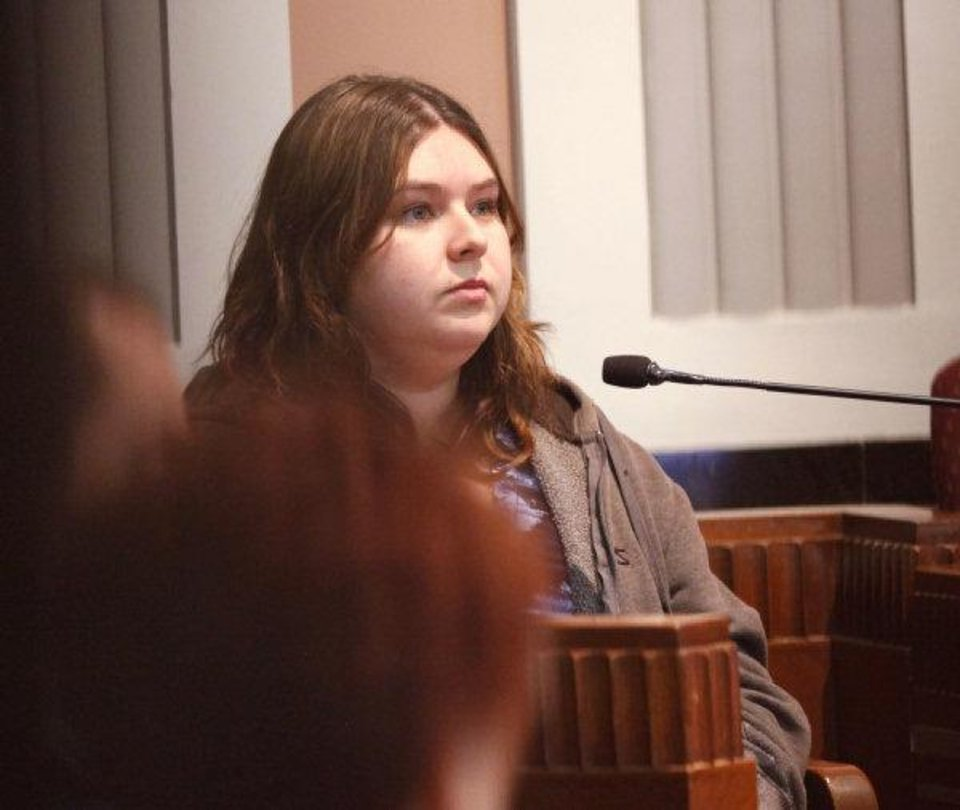 Witness Megan West testifies during the first day of the trial for pharmacist Jerome Ersland at the Oklahoma County Courthouse in Oklahoma City, OK, Friday, May 20, 2011. By Paul Hellstern, The Oklahoman ORG XMIT: KOD