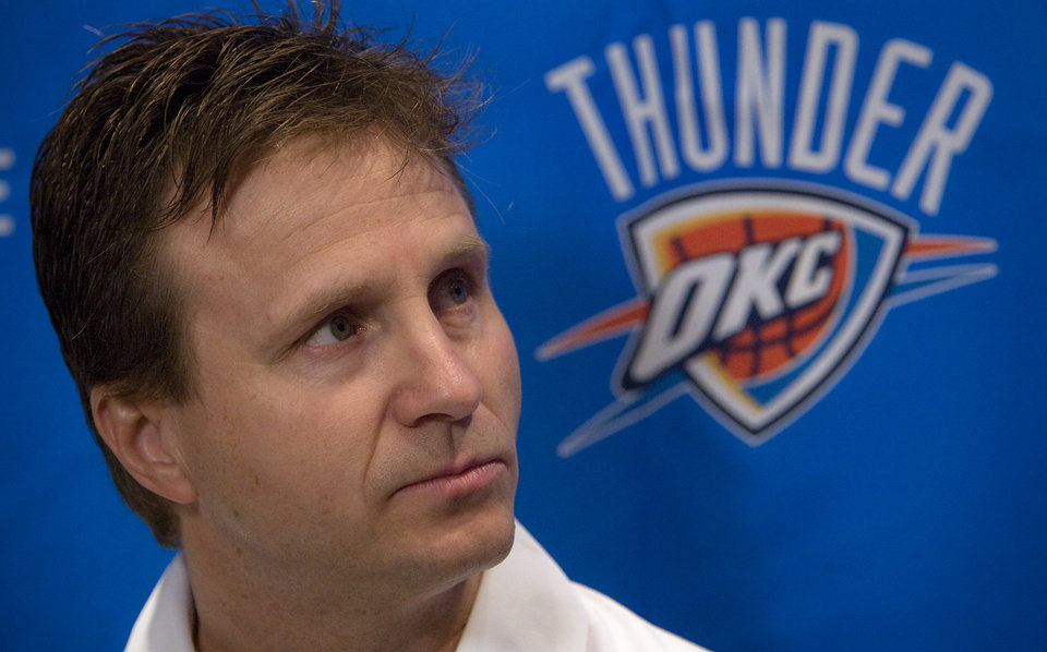 Photo - NBA BASKETBALL: Oklahoma City Thunder head coach Scott Brooks talks to the media during the teams exit interviews on Thursday, April 16, 2009, in Oklahoma City, Okla.  Photo by Chris Landsberger, The Oklahoman  ORG XMIT: KOD
