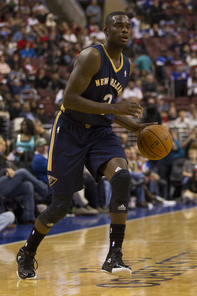 New Orleans Pelicans' Anthony Morrow in action during the third quarter of an NBA basketball game against the Philadelphia 76ers, Friday, Nov. 29, 2013, in Philadelphia.  The Pelicans win 121-105.  (AP Photo/Chris Szagola)