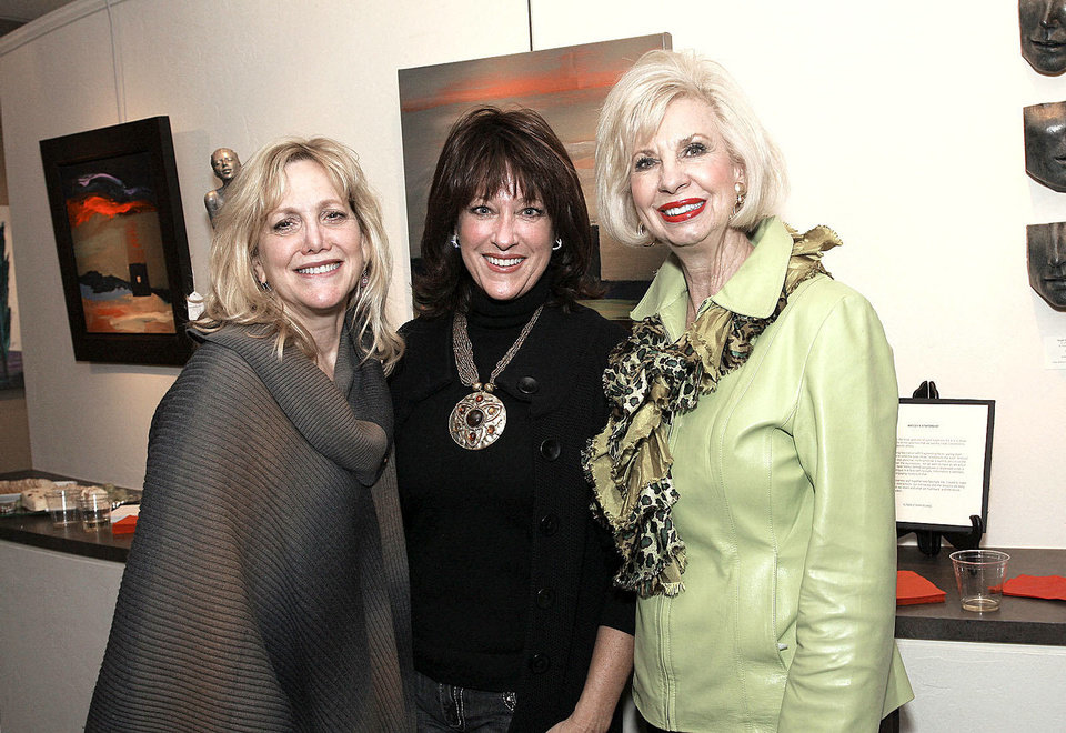 Photo - Leslie Lynn, Kathey Sandler, Joy Richardson.