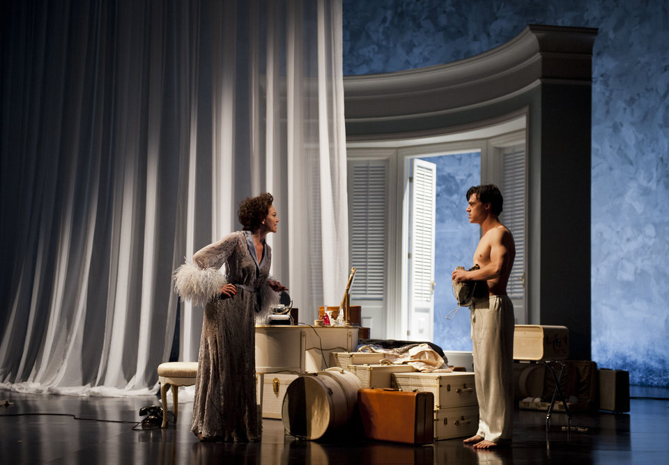 Photo -   In this Sept. 14, 2012 photo provided by the Goodman Theatre in Chicago, Academy Award-nominated actress Diane Lane, as Princess Kosmonopolis, and Broadway's Finn Wittrock, as Chance Wayne, perform in a scene from Tennessee Williams'