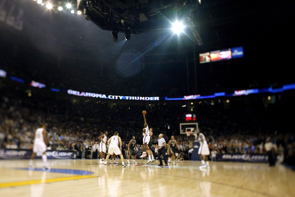 The start of the opening NBA basketball game between the Oklahoma City Thunder and the Milwaukee Bucks at the Ford Center in Oklahoma City, Wednesday, October 29, 2008.  BY BRYAN TERRY, THE OKLAHOMAN