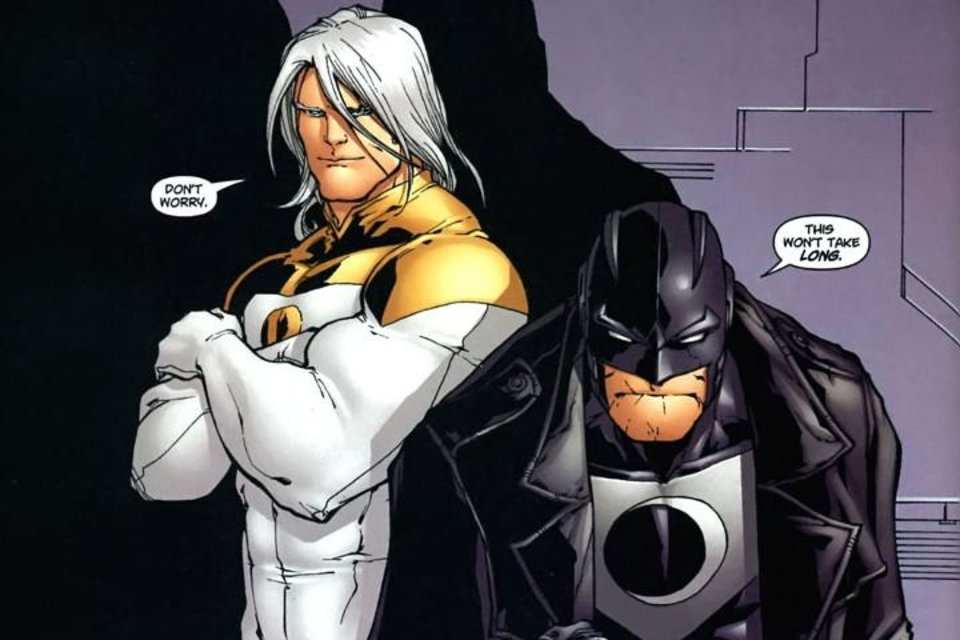 Photo - Apollo and Midnighter [DC Comics]