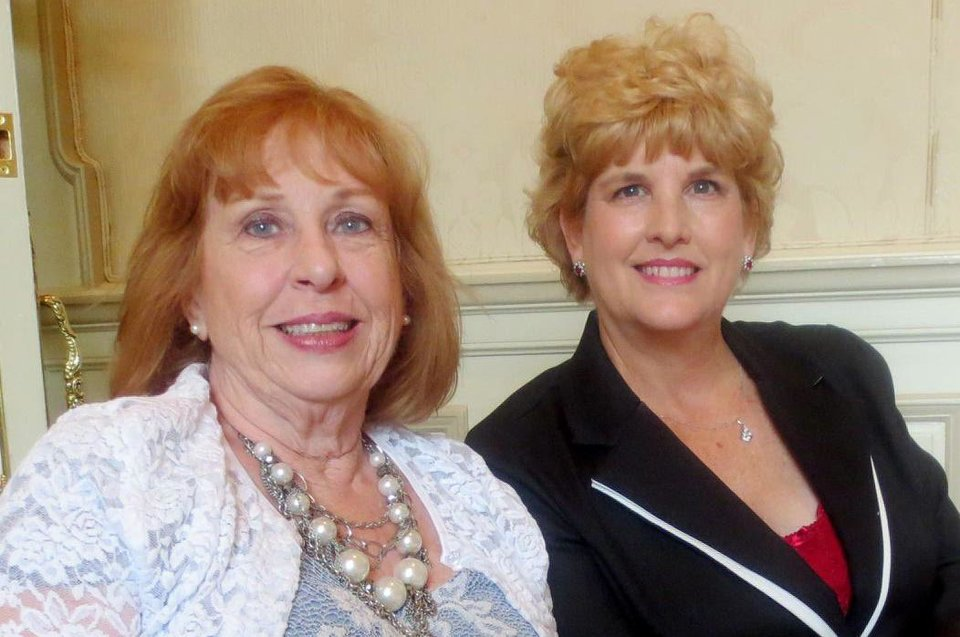 Photo - Donna Friedberg, Teresa Pope. PHOTO BY HELEN FORD WALLACE, THE OKLAHOMAN