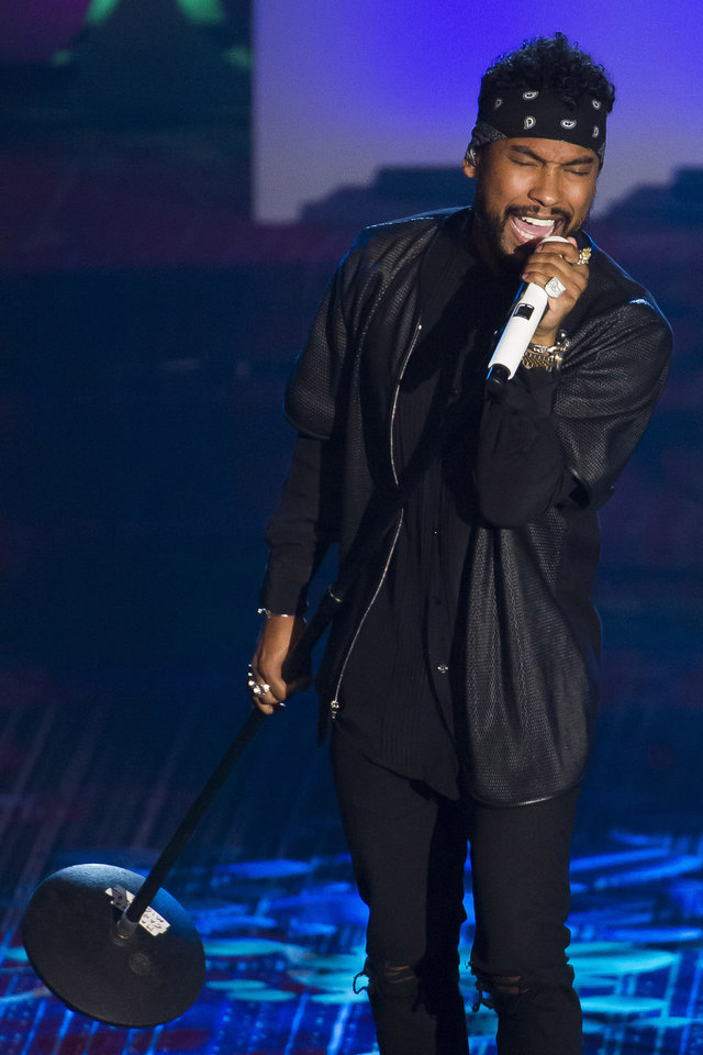 Photo - Miguel performs at the Songwriters Hall of Fame Awards on Thursday, June 12, 2014 in New York. (Photo by Charles Sykes/Invision/AP)