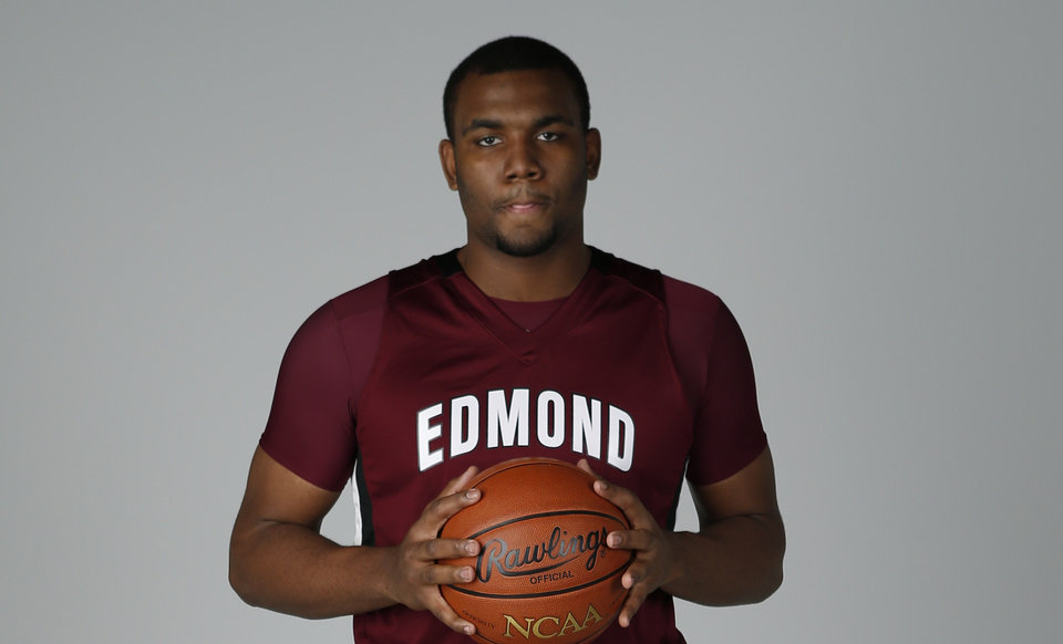 Shaquille Morris, Edmond Memorial. PHOTO BY BRYAN TERRY, THE OKLAHOMAN