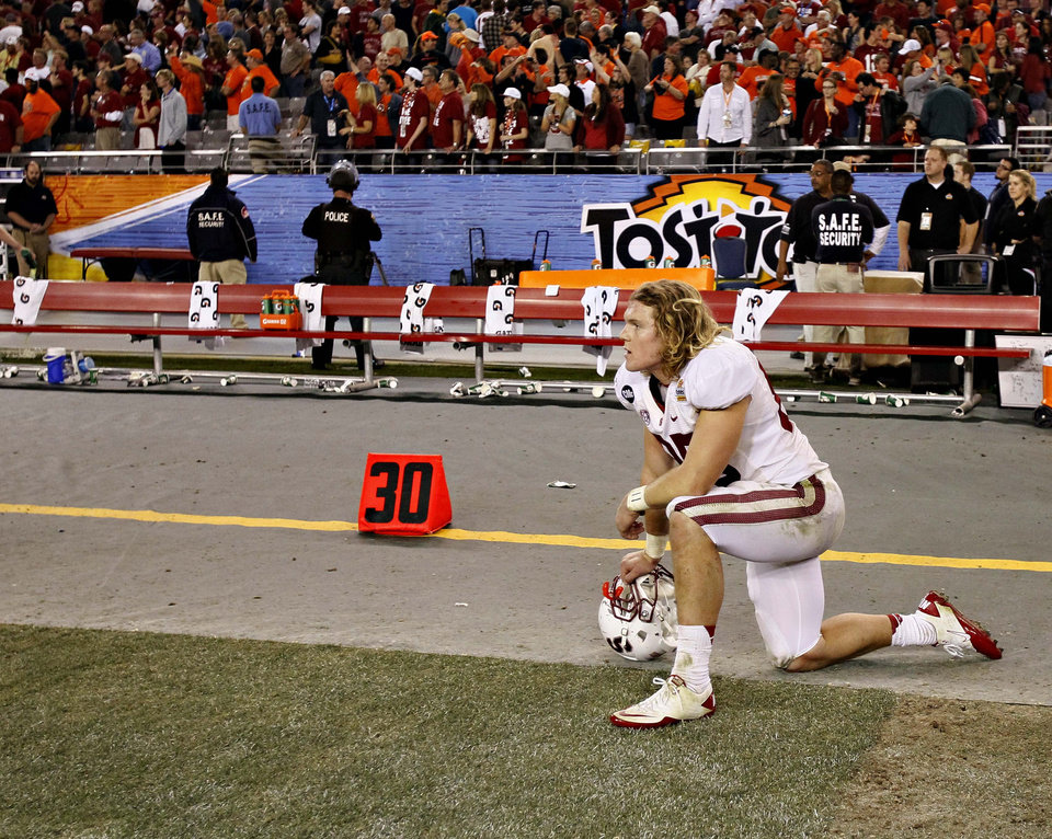 Photo - Stanford fullback Ryan Hewitt watches as time expires during overtime of the Fiesta Bowl NCAA college football game against Oklahoma State Monday, Jan. 2, 2012, in Glendale, Ariz. Oklahoma State won 41-38 in overtime. (AP Photo/Matt York)  ORG XMIT: PNP141