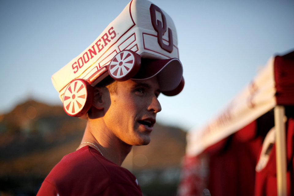 Photo - Joshua Cameron, of Tuscan, Ariz. tailgates before the Insight Bowl college football game between the University of Oklahoma (OU) Sooners and the Iowa Hawkeyes at Sun Devil Stadium in Tempe, Ariz., Friday, Dec. 30, 2011. Photo by Sarah Phipps, The Oklahoman