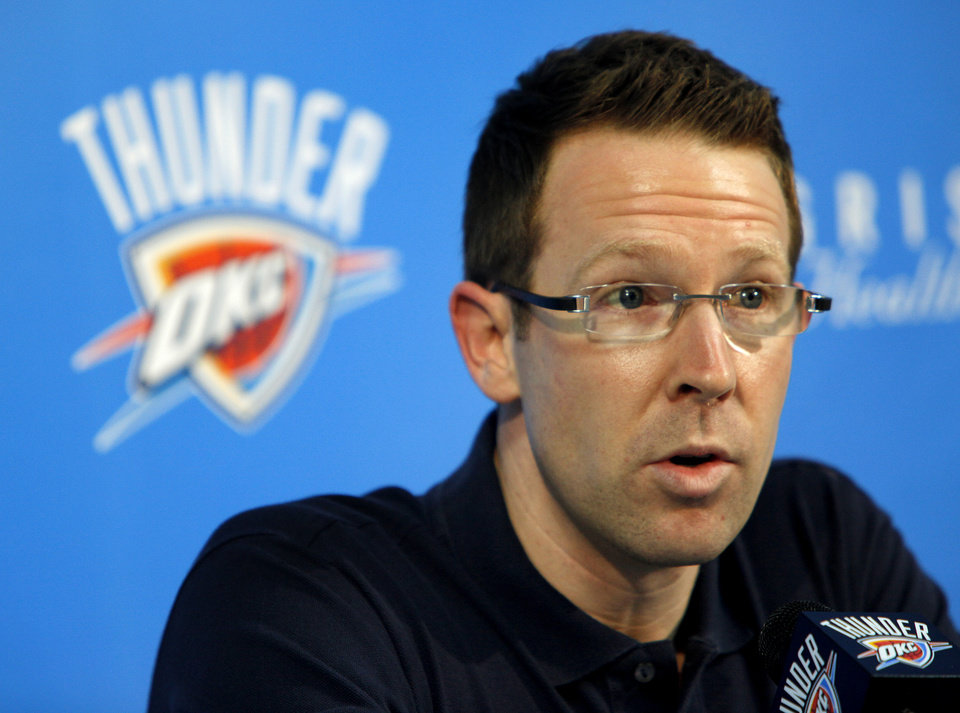 Photo - END OF SEASON: Sam Presti, Oklahoma City Thunder NBA basketball team general manager, talks about the season during a press conference at the Thunder practice facility, Thursday, May 27, 2011. Photo by Bryan Terry, The Oklahoman ORG XMIT: KOD