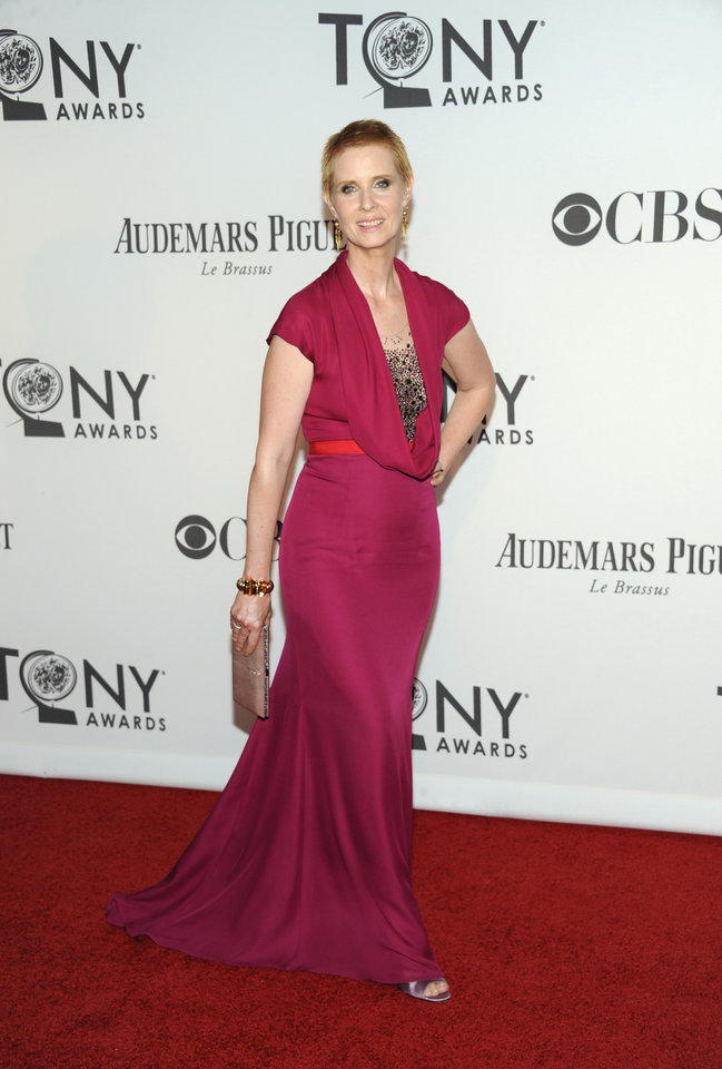 Photo -   Cynthia Nixon arrives at the 66th Annual Tony Awards on Sunday June 10, 2012, in New York. (Photo by Evan Agostini /Invision/AP)