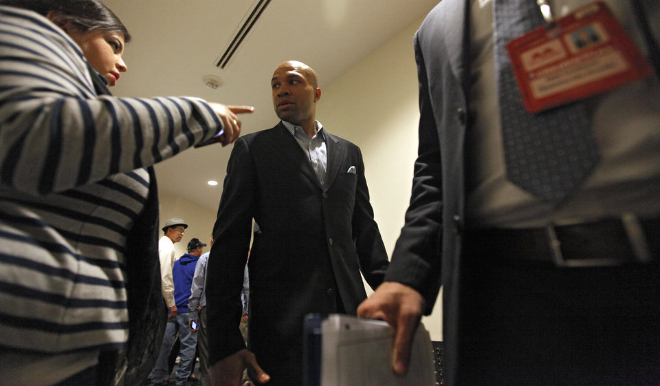 Photo - Derek Fisher talks to the media about his signing with the Oklahoma City Thunder before the NBA basketball game between the Oklahoma City Thunder and the Los Angeles Clippers at Chesapeake Energy Arena on Wednesday, March 21, 2012 in Oklahoma City, Okla.  Photo by Chris Landsberger, The Oklahoman