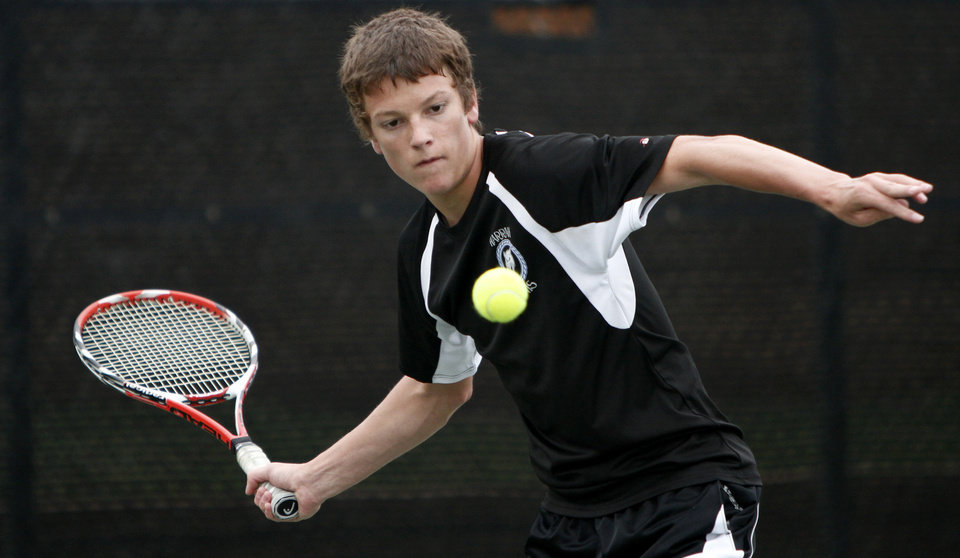 Photo - HIGH SCHOOL TENNIS / STATE TOURNAMENT: Sam Raglin of Harrah competes in the state tennis tournament in Oklahoma City, Friday, May 14, 2010.  Photo by Bryan Terry, The Oklahoman ORG XMIT: KOD