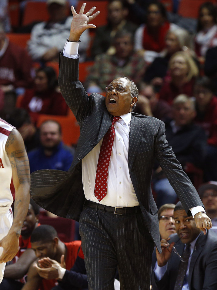 Photo - Texas Tech coach Tubby Smith shouts instructions during an NCAA college basketball game between the University of Oklahoma and Texas Tech University at the Lloyd Noble Center in Norman, Okla., Wednesday, Feb. 12, 2014. Oklahoma lost 68-60. Photo by Bryan Terry, The Oklahoman