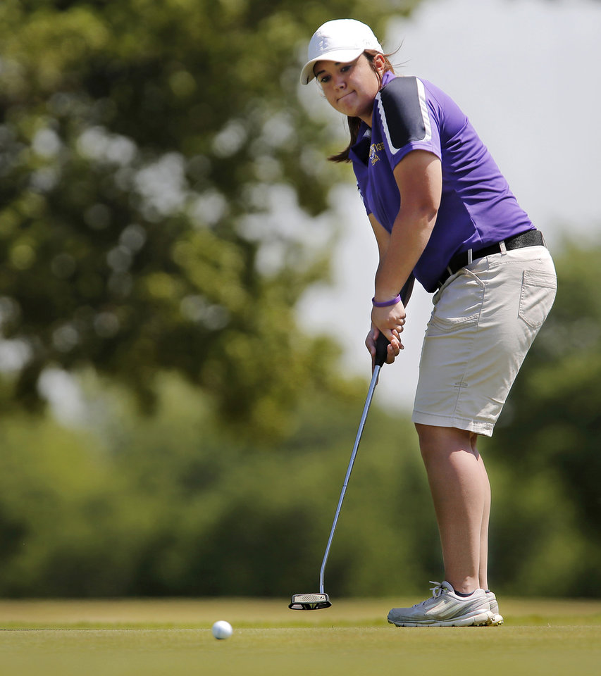 Photo - Lindsey Stahlman of Laverne High School putts during the 2014 Class 2A girls' golf state championship tournament  Wednesday, May 7, 2014, at Trosper Golf Course in Del City.  Photo by Jim Beckel, The Oklahoman