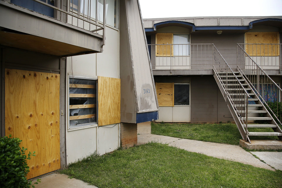 Nuisance property at  3109 N. Portland Ave - Stonybrook West Apartments  Tuesday, April 16, 2013.   by Jim Beckel, The Oklahoman.
