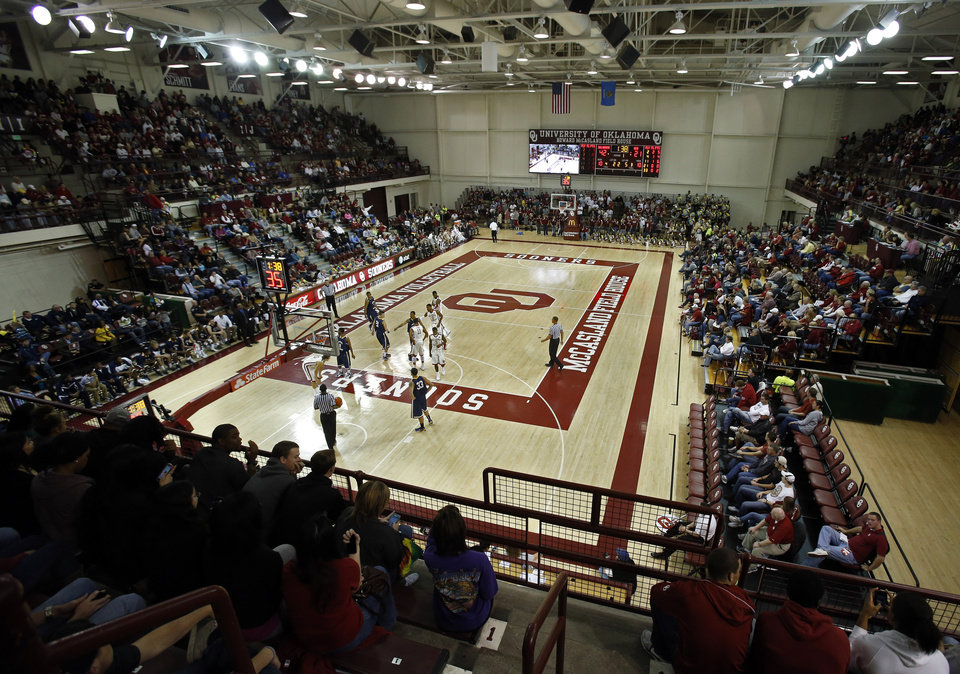 Photo - The University of Oklahoma (OU) Sooners men's basketball team plays the Central Oklahoma Bronchos at McCasland Field House on Wednesday, Nov. 7, 2012  in Norman, Okla. Photo by Steve Sisney, The Oklahoman