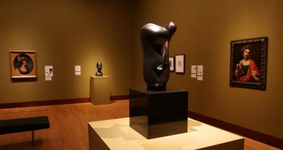 Photo -  Henry Moore's sculpture