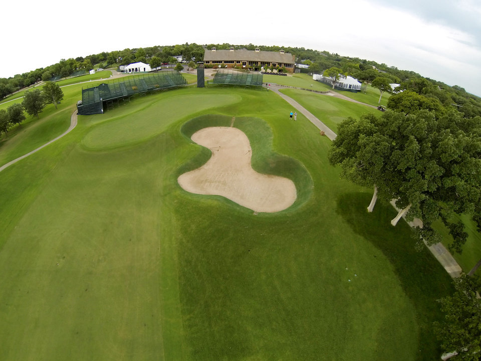 Photo - The 18th green. Aerials of Oak Tree National course in Edmond, site of the 2014 U.S. Senior Open, Tuesday, July 1, 2014. Photo by Carl Shortt, Jr., for The Oklahoman