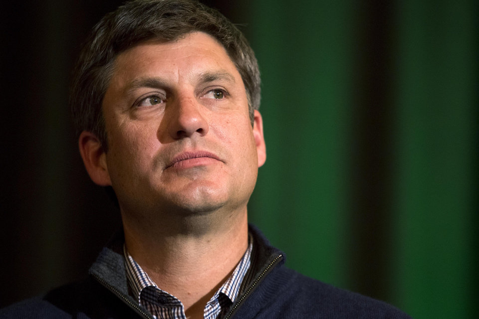 Photo - Chicago White Sox manager Robin Ventura speaks during the baseball team's SoxFest annual fan convention, Friday, Jan. 24, 2014, in Chicago. (AP Photo/Andrew A. Nelles)