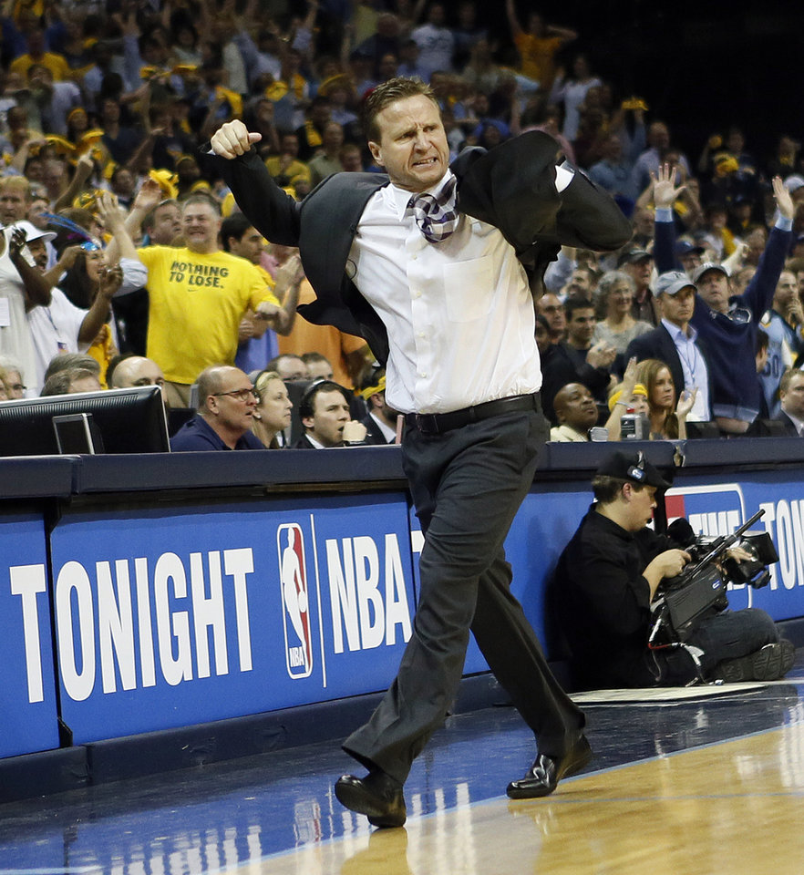 ALTERNATE CROP: Oklahoma City coach Scott Brooks reacts late in regulation to his team not being able to quickly foul the Grizzlies when they are down 93-92 with 10.9 second left in the fourth quarter during Game 4 of the second-round NBA basketball playoff series between the Oklahoma City Thunder and the Memphis Grizzlies at FedExForum in Memphis, Tenn., Monday, May 13, 2013. Memphis won 103-97 in overtime. Photo by Nate Billings, The Oklahoman