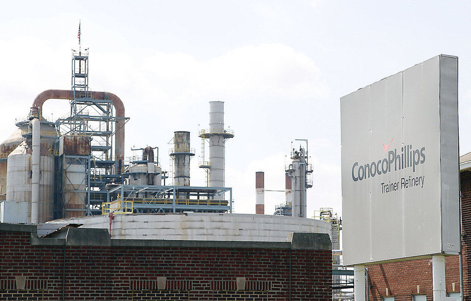 Photo - The ConocoPhillips refinery in Trainer, Pa., near Philadelphia, is shown. Delta Air Lines Inc.  said Monday it will buy the refinery as part of an unprecedented deal that it hopes will cut its jet fuel bill.  AP Photo