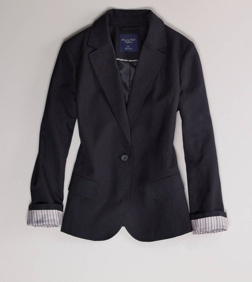 To get Ellen DeGeneres\' preppy menswear look, try the American Eagle Outfitters Boyfriend blazer in true black for $69.95 from Ae.com. (Courtesy Ae.com via Los Angeles Times/MCT)