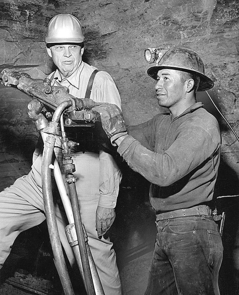 MINE / ROBERT S. KERR: Robert S. Kerr, left, dons a hard hat during a visit to Kerr-McGee mines.  (Original photo has no negative date, published 1/2/1963 in The Daily Oklahoman) Staff Photo by Al McLaughlin