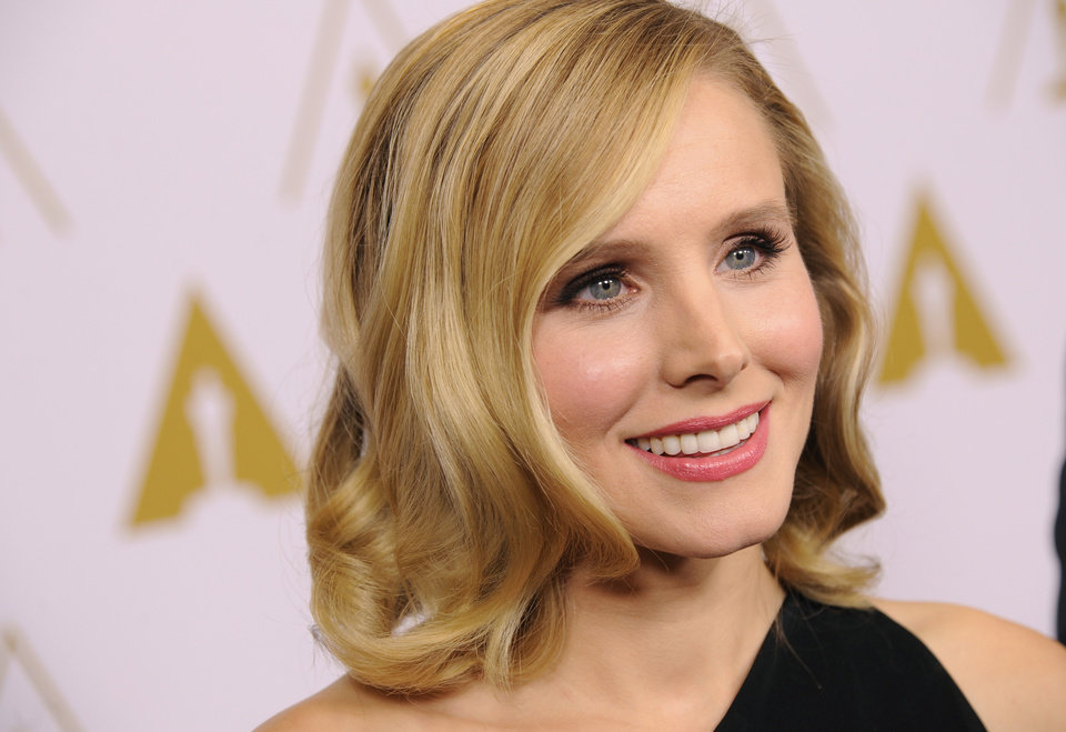 Photo - Actress and evening co-host Kristen Bell is interviewed before the Academy of Motion Picture Arts and Sciences' annual Scientific and Technical Awards on Saturday, Feb. 15, 2014, in Beverly Hills, Calif. (Photo by Chris Pizzello/Invision/AP)