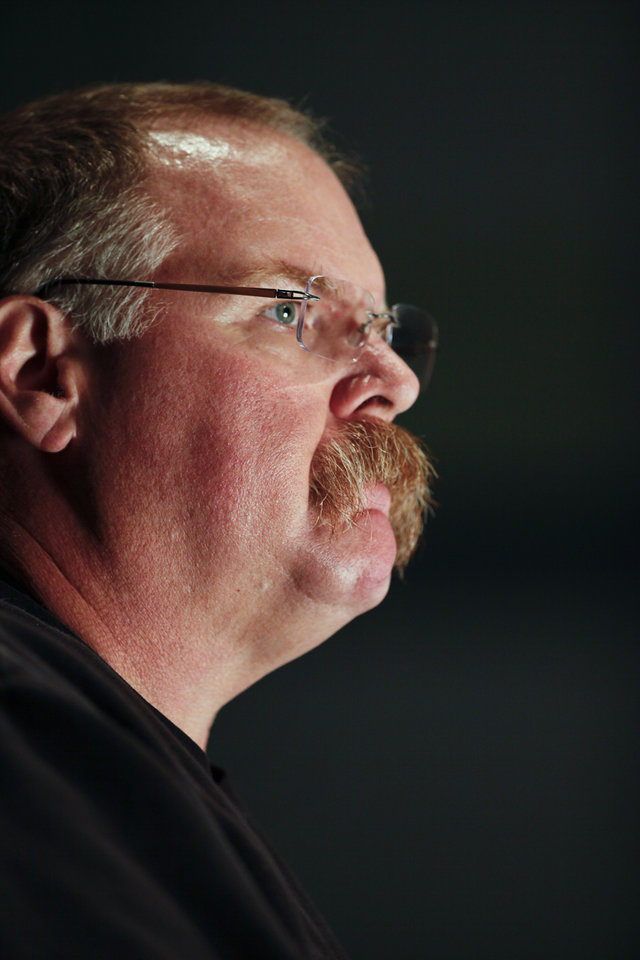 Philadelphia Eagles head coach Andy Reid pauses while speaking during a media availability at their NFL football training facility Monday, Nov. 12, 2012 in Philadelphia. (AP Photo/ Joseph Kaczmarek)