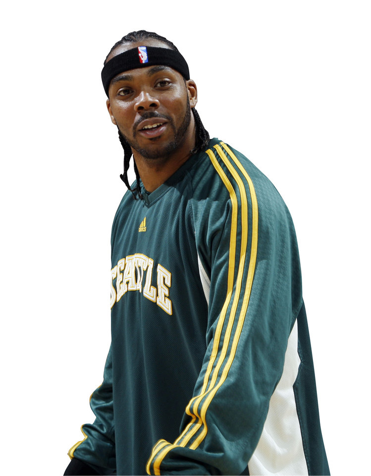 Photo - SEATTLE SUPERSONICS, SONICS, NBA BASKETBALL TEAM: Chris Wilcox 	ORG XMIT: 0809271954521416