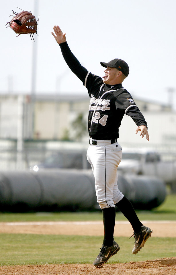 Dylan Bundy of Sperry celebrates after their win in the Class 3A high school baseball championship game between Chandler and Sperry in Shawnee, Okla., Saturday, May 16, 2009. Photo by Bryan Terry, The Oklahoman