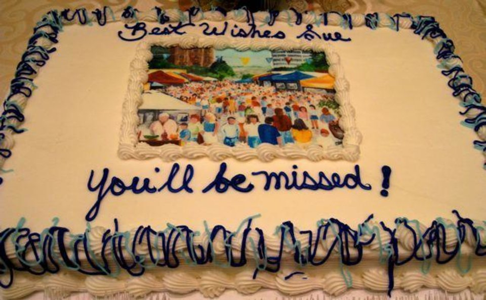 SO LONG SUE....A very wonderful going-away cake. (Photo by Helen Ford Wallace)