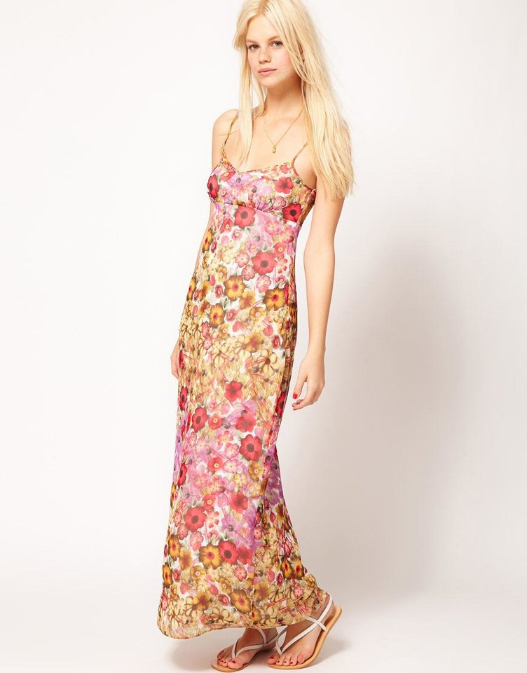 Photo - For a similar look to Jordana Brewster, try the Asos maxi dress in floral print, $68.12 from Asos.com.(Courtesy Asos.com via Los Angeles Times/MCT)